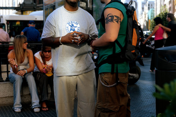 SPAIN. MADRID (2005) From Congo. Frank T, Hipi-hop Musician in Callao square